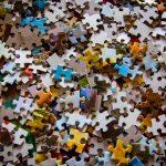 Klocki, puzzle, zabawki interaktywne, pluszaki i domki dla lalek to najbardziej pożyteczne prezenty dla najmłodszych